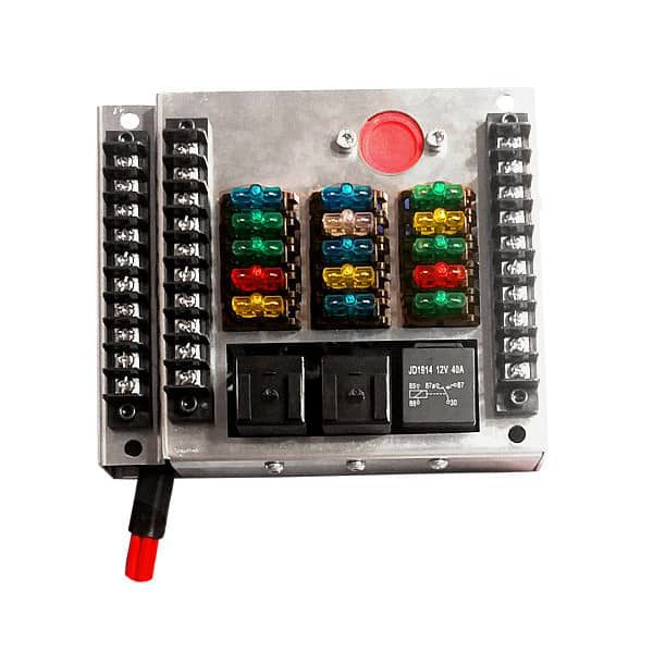 universal fuse box with 18 automotive smart fuses mgi speedware rh mgispeedware com