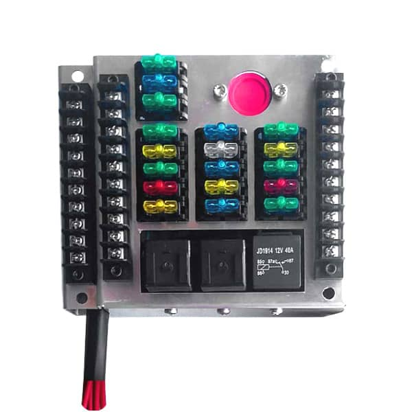 Aftermarket Fuse Panel With 18 Automotive Smart Fuses